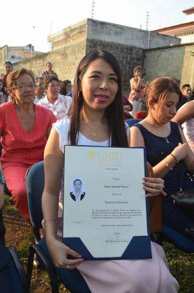 Hasey Sánchez Valenti, Maestra en Educación.