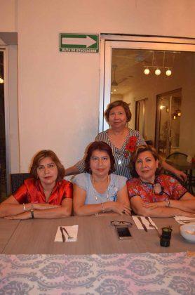 Victoria, María Elena, Yolanda , Bella Valenti.