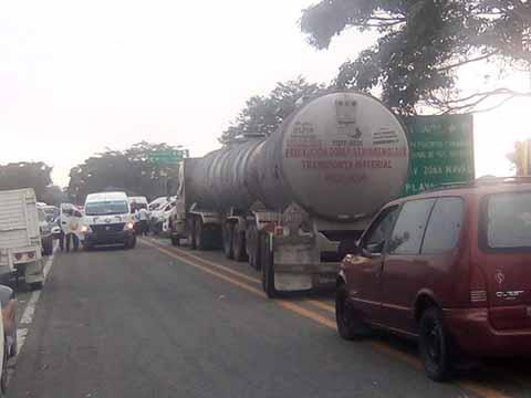 Sector Gasolinero Advierte Posible Escases de Combustible; Exigen a las Autoridades Locales Aplicar Estado de Derecho