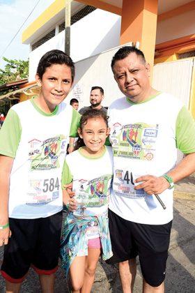 José Núñez, Fernanda Núñez, Luis Núñez.