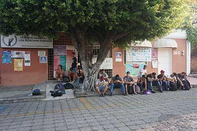Cubanos se Manifestaron Frente a las Oficinas de Derechos Humanos