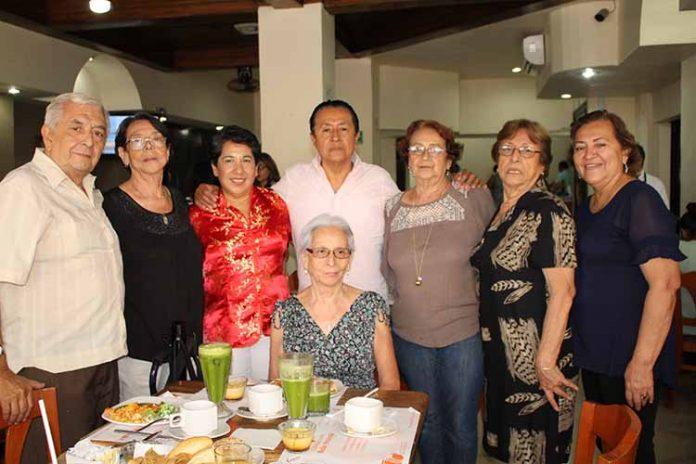 Edda Acotto festejó con familiares y amigos su cumpleaños.
