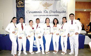 La Generación 2018-2019 Culmina Especialidades en Enfermería.