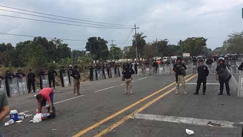 Desalojan Protesta del CETMAR Con el Uso de la Fuerza Pública