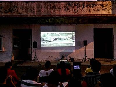 Realizan Proyección Cinematográfica en la Antigua Estación del Ferrocarril