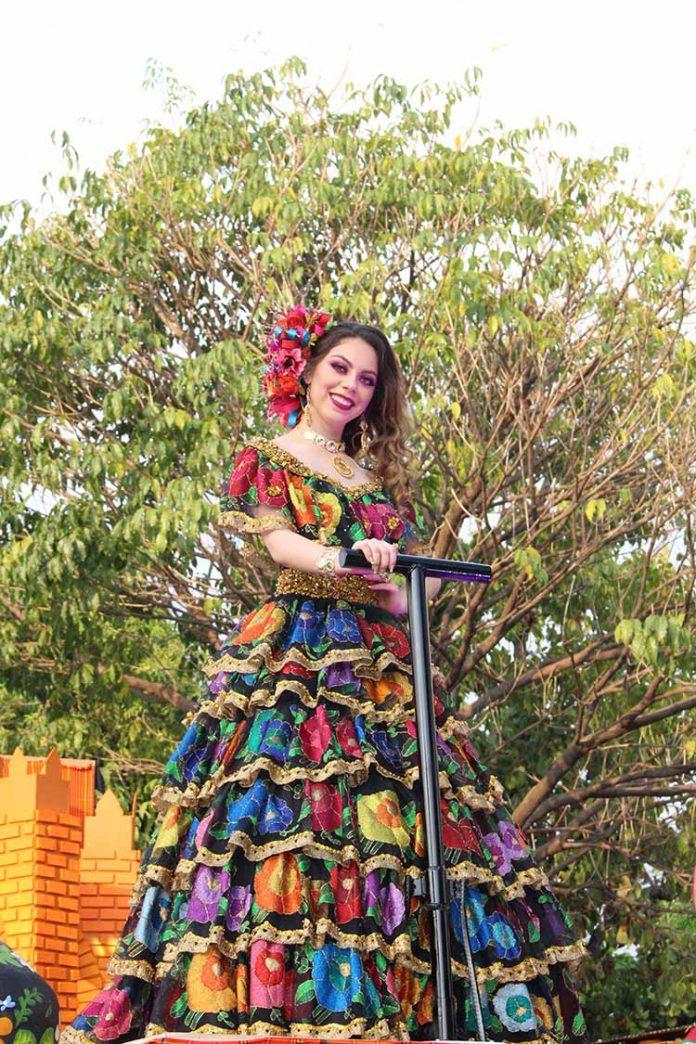 Nancy Ochoa tuvo una destacada participación en el Desfile de Apertura de la Expo Feria Tapachula 2019, que hoy inicia a las 19:00 horas en el recinto ferial con la gala de coronación.