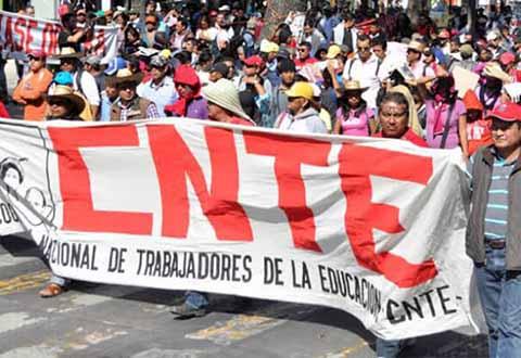 CNTE Acusa al Gobierno de AMLO de