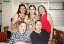 Berenice Palomeque, Gladys Galeana, Faby Palomeque, Laura Rosas, Liliana Hernández disfrutaron entre amigas.
