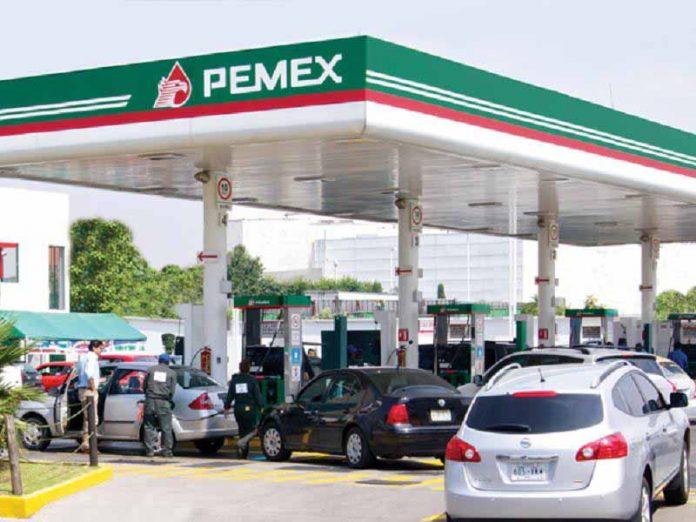 Distribuidores de Gasolina Abusan de los Consumidores: AMLO