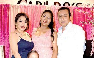 Celebra en Hotel Cabildo´s Vanessa Figueroa, Santiago Figueroa y Alberto Sánchez, felicitaron a Irene Sumuano en sus 15 años.
