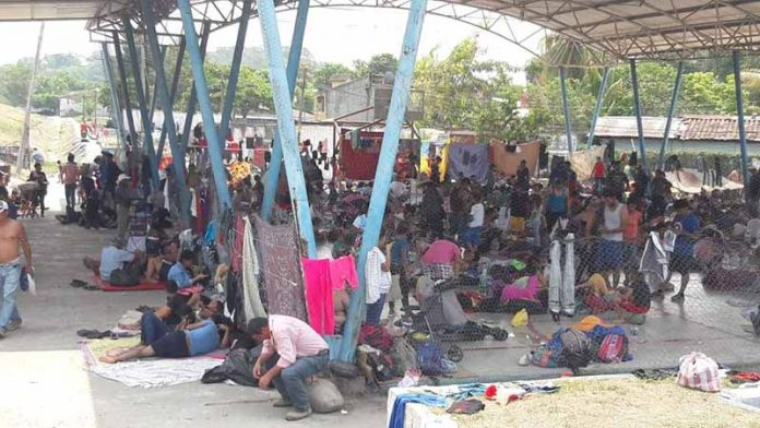 Continuaran sus Caminos Caravana de Migrantes Hacia A Escuintla