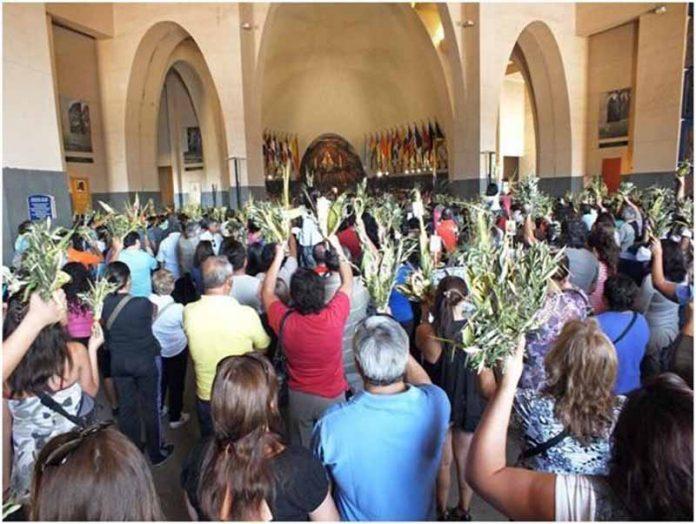 Convoca Obispo Jaime Calderón a Participar en Festividades Religiosas