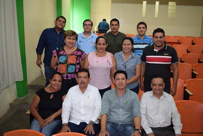 Personal sindicalizado del Instituto Tecnológico de Tapachula, se reunieron con sus representantes.