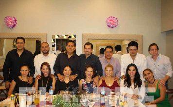 Selecto grupo de amigos celebró el aniversario de la querida Citlali Toledo Núñez.