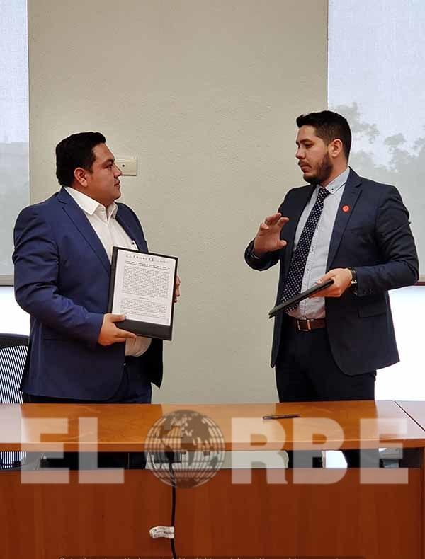A iniciativa de Chiapas, Firma ONIESS Convenio a Favor de Derechohabientes