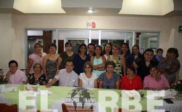 Maritza Roblero celebró con personas especiales su aniversario personal