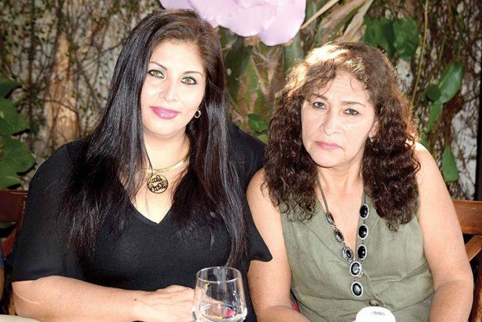 Nelly Valente, Margoth Castañeda fueron festejadas por su día.