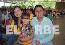 Leticia Espinosa, Ana Sofía Acero & César Acero, en el festival del día del padre.