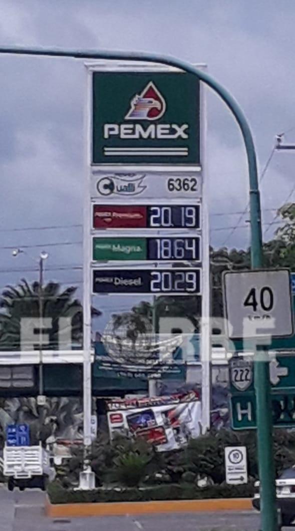 el precio de la gasolina hoy martes 11 de Junio en gasolinera ubicada carretera Puerto Madero, cerca del libramiento.